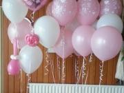 Dekoration mit Luftballons zur Taufe