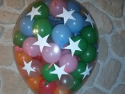 Überraschungsschnuller mit 75 kl. Luftballons darin