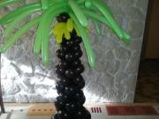 Palme aus Luftballons