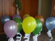 Boden oder Tischdekoration mit Helium gefüllten Luftballons