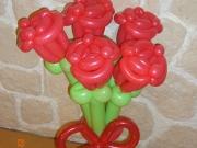 Rosenblumenstrauß aus Luftballons