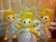 Engel aus Luftballons