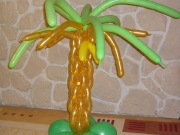 Palme mit Bananen aus Luftballins