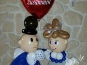 Brautpaar aus Luftballons, Hochzeitstag
