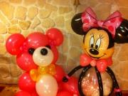 Teddybär und Minimaus aus Luftballons